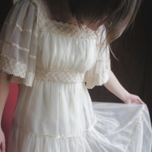 'Buttercreme' Handmade Vintage Wedding Dress